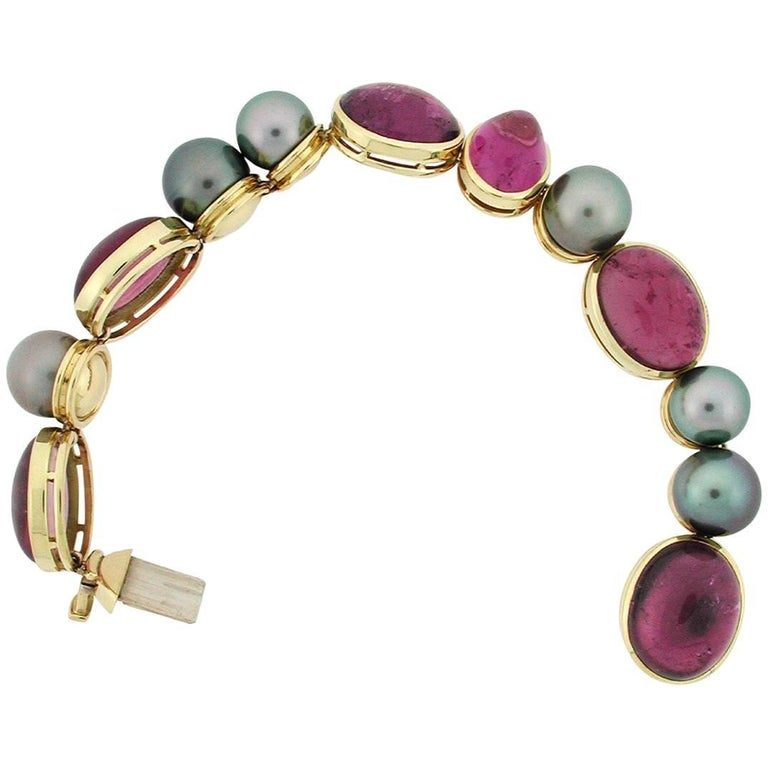 de Vroomen So.Sea Tahitian Pearl and Rubellite Tourmaline Bracelet in 18 Kt Gold For Sale