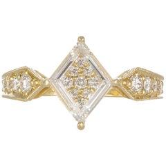 18 Karat Yellow Gold and Portrait Cut Diamond Fashion Ring 1.56 Carat