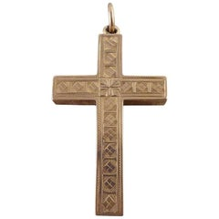 Antique Detailed Engraved Cross Pendant in 9 Carat Gold