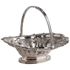 Exceptional and Rare Ribbed Oval Sterling Silver '925‰' Cake Basket