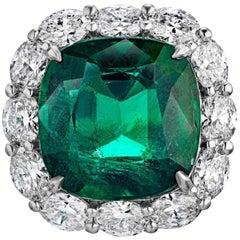 Emilio Jewelry 17.00 Carat Gem Quality Emerald Diamond Ring