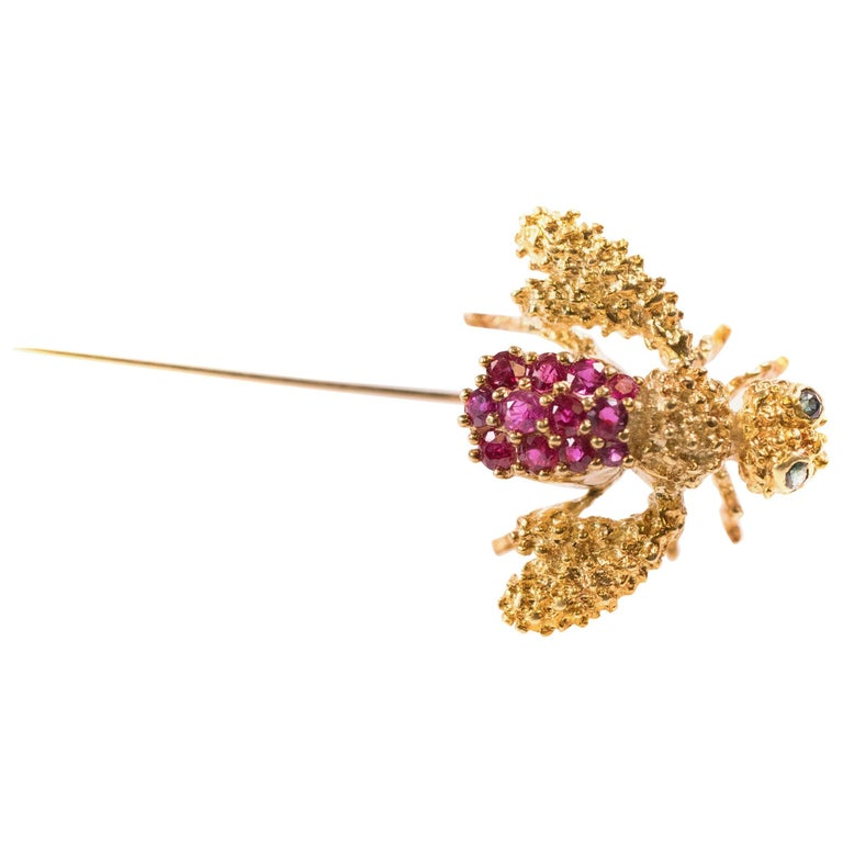 1980s Ruby, Sapphire and 18 Karat Gold Bee Stick Pin