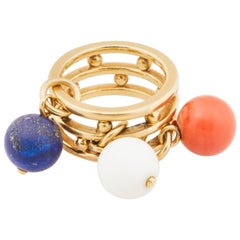 1970s French 18 Karat Gold Ring with Red and White Coral and Blue Lapis Beads
