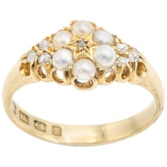 Fresh Water Pearl and Diamond Ring in 18 Karat Yellow Gold Flowers and Stars