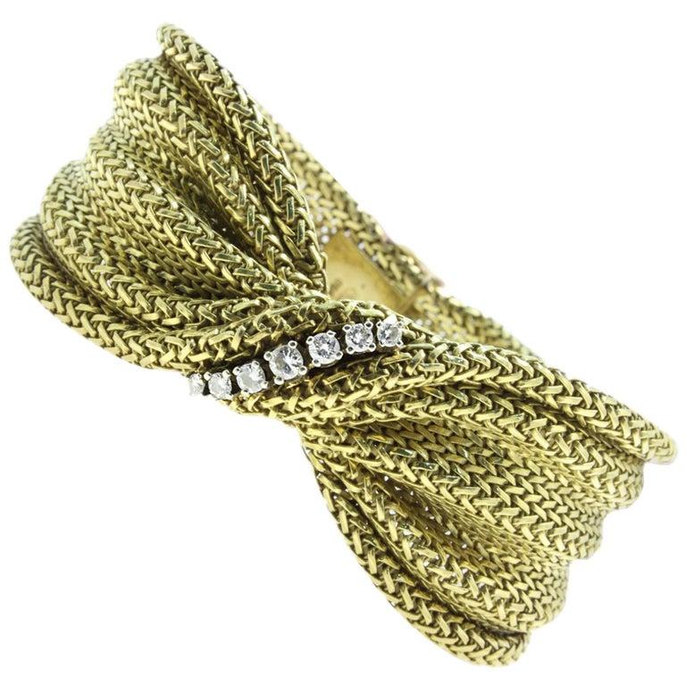 18 Karat Yellow Gold and Diamonds Bracelet