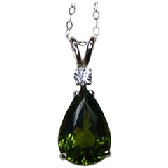 Big 4 Carat Green Tourmaline and Diamond White Gold Pendant Pear/Teardrop Cut