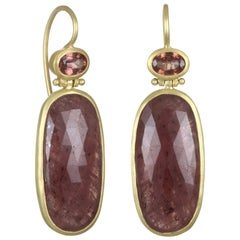 Faye Kim 18k Gold Sapphire Bezel Drop Earrings