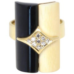 1970s H.Stern 18 Karat Gold Ring with Bone, Onyx and Diamonds