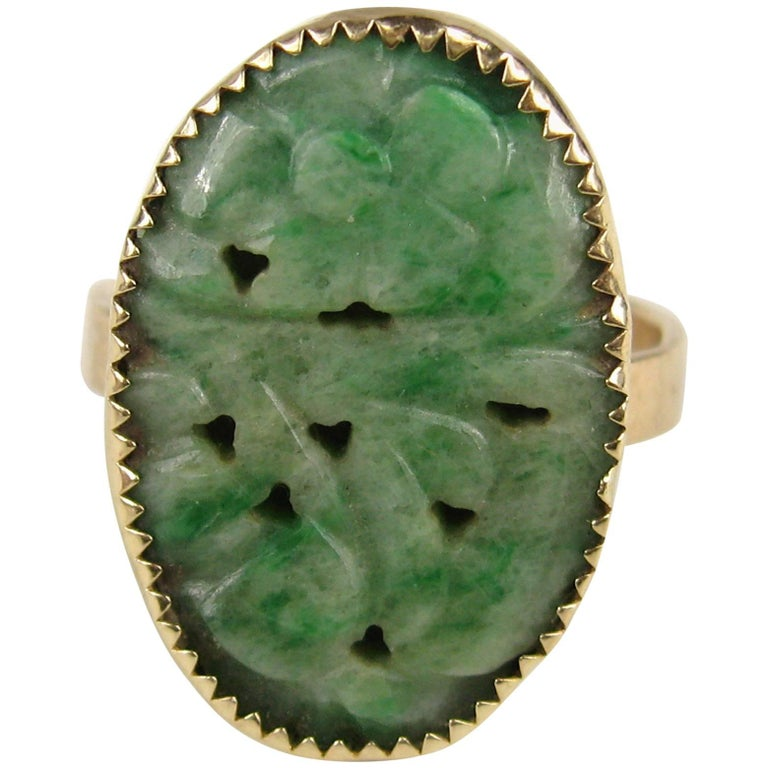 Antique Yellow Gold Carved Green Jade Ring