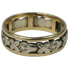 Victorian Yellow and White Gold Cut Out Floral Band Ring
