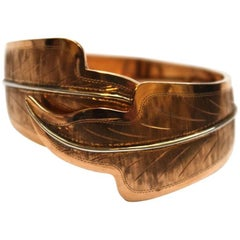 1940s 18 Karat Rose Gold Engraved Leaf Cuff
