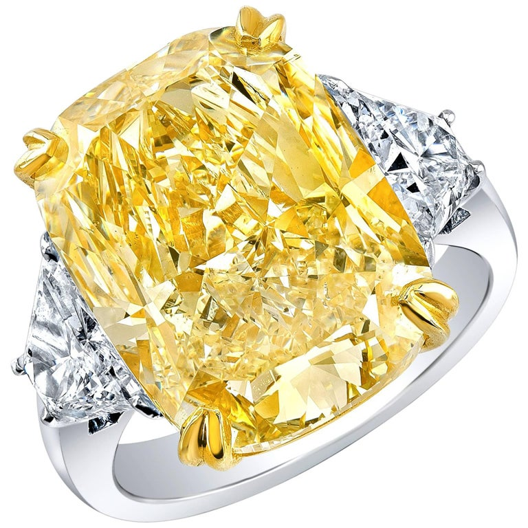 Shreve, Crump & Low 10.52 carat Canary Diamond Engagement Ring For Sale