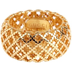 Gucci Diamantissima Gold Open Ring