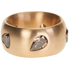 Beautiful Handcrafted 18 Karat Red Gold Band Featuring Five Fancy Color Diamonds
