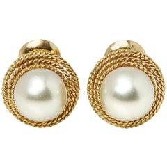 David Webb Yellow Gold Pearl Earrings