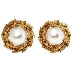 Tiffany & Co. 18 Karat Yellow Gold Mabe Pearl Clip-On Earrings