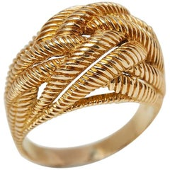Van Cleef & Arpels 18 Karat Yellow Gold Rope Twist Design Bombé Ring