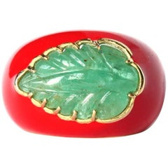 Ring Emerald Carved Leaf Gold Enamel