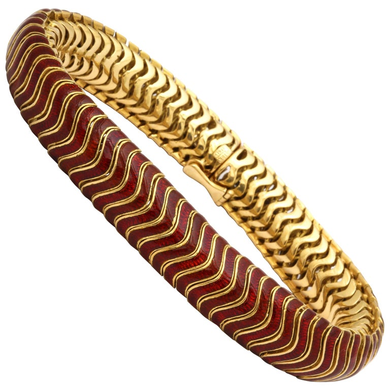 1960s Flexible and Articulated Iridescent Red Enamel and Gold Serpent Bracelet