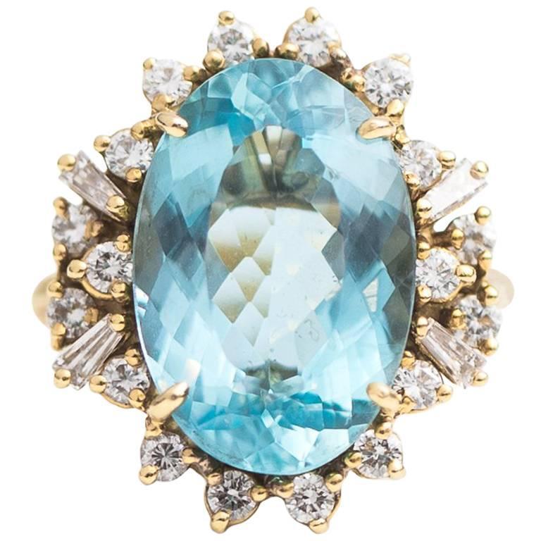 7 Carat Oval Aquamarine with Diamond Halo 18 Karat Yellow Gold Ring