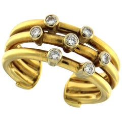 Set Earrings and Ring in 18 Karat Yellow Gold and Diamonds