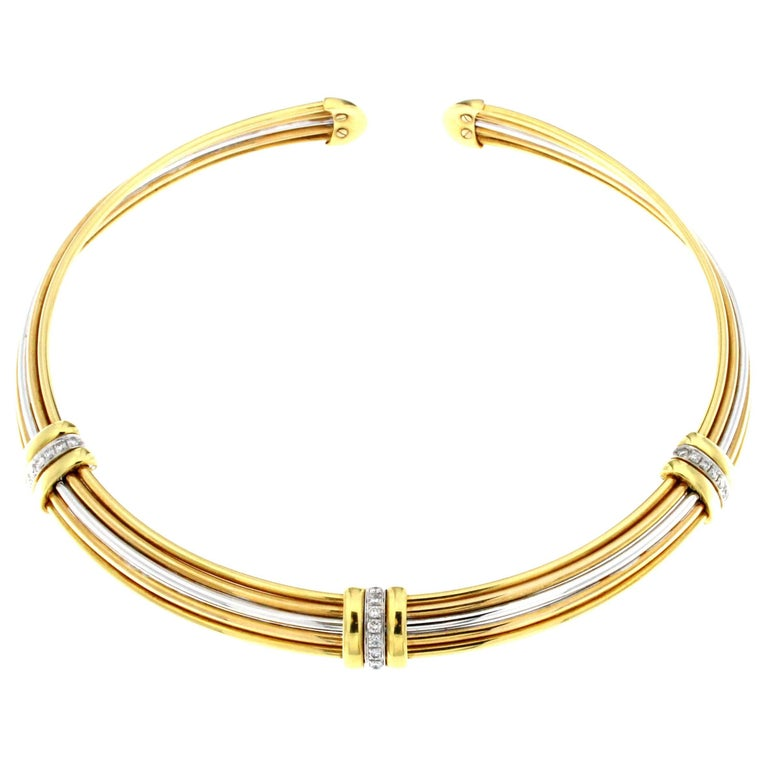 Flexible Chocker in Three-Color Gold and White Diamond