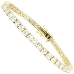 9 Carat Total Weight 45 Diamond Yellow Gold Tennis Bracelet