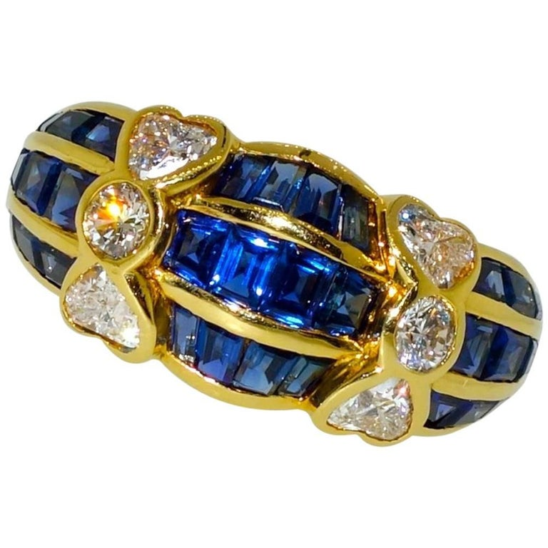 Van Cleef & Arpels Sapphire and Diamond Ring For Sale