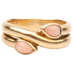 Van Cleef & Arpels Coral Gold Ring