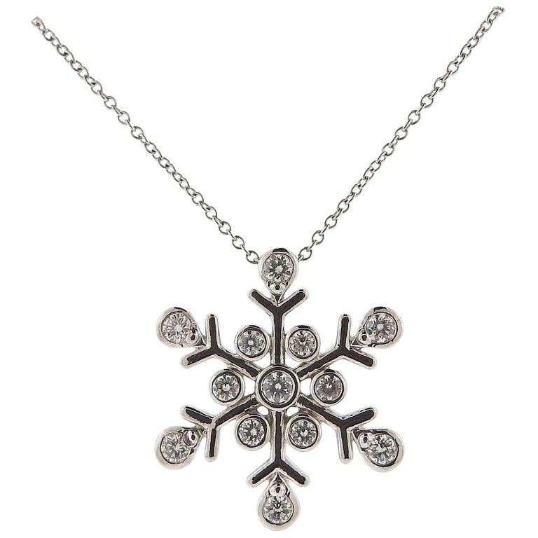 e497d2ecf Tiffany and Co. Diamond Platinum Snowflake Pendant Necklace at 1stdibs
