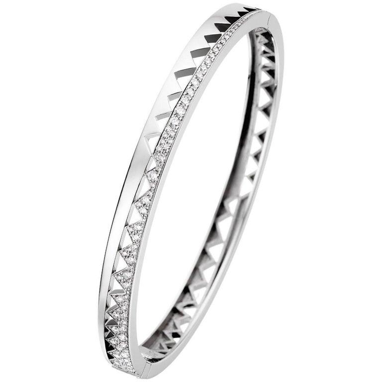 Akillis Capture Me Bracelet 18 Karat White Gold Half-Set White Diamonds for Her