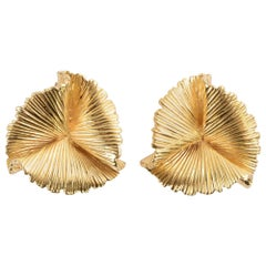 Tiffany & Co Gold Ruffle Earrings