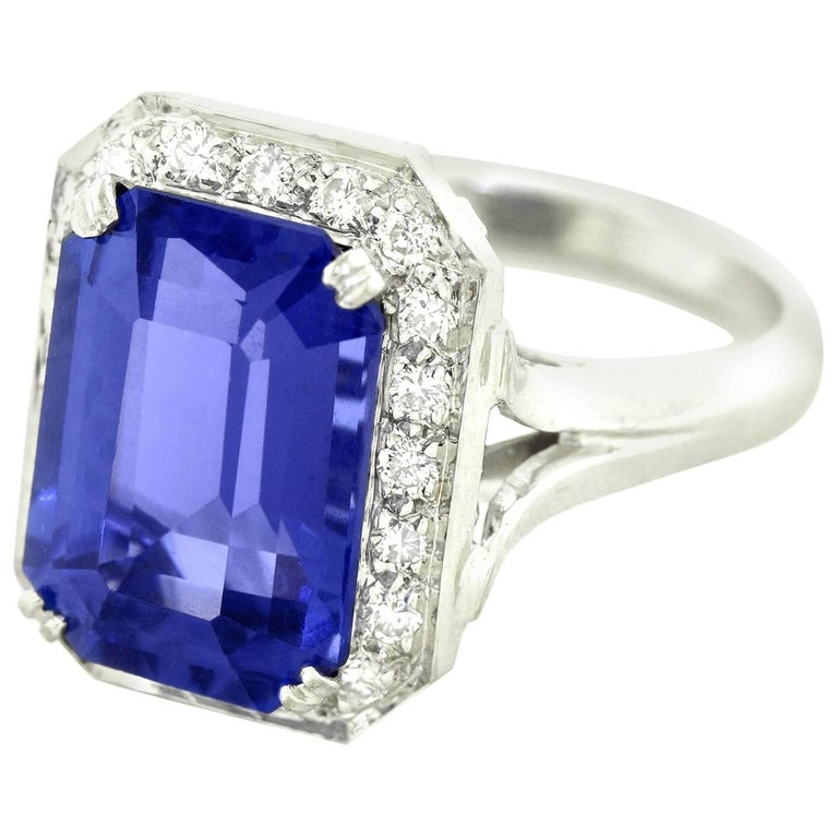 Gorgeous 7.0 Carat Tanzanite Diamond and White Gold Ring
