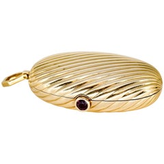 Bulgari Ruby and Yellow Gold Ribbed Pill Box