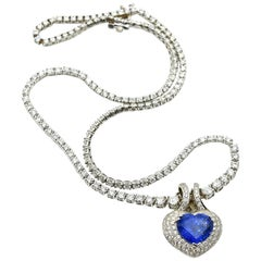 White Gold 13.50 Carat Heart Sapphire and 9.92 Carat Diamond Necklace