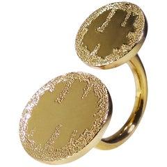 18 Karat Yellow Gold In-Between Ring