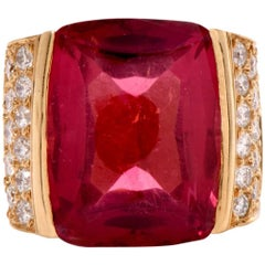 1970s Diamond  Pink Tourmaline 18K Gold Cocktail Ring