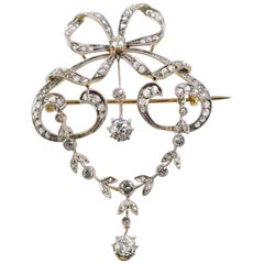 Belle Epoch Edwardian Diamond and 14 Karat Gold Bow Motif Round Brooch / Pendant