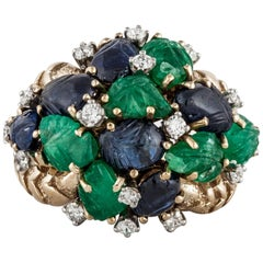 18 Karat Carved Sapphire and Emerald Ring