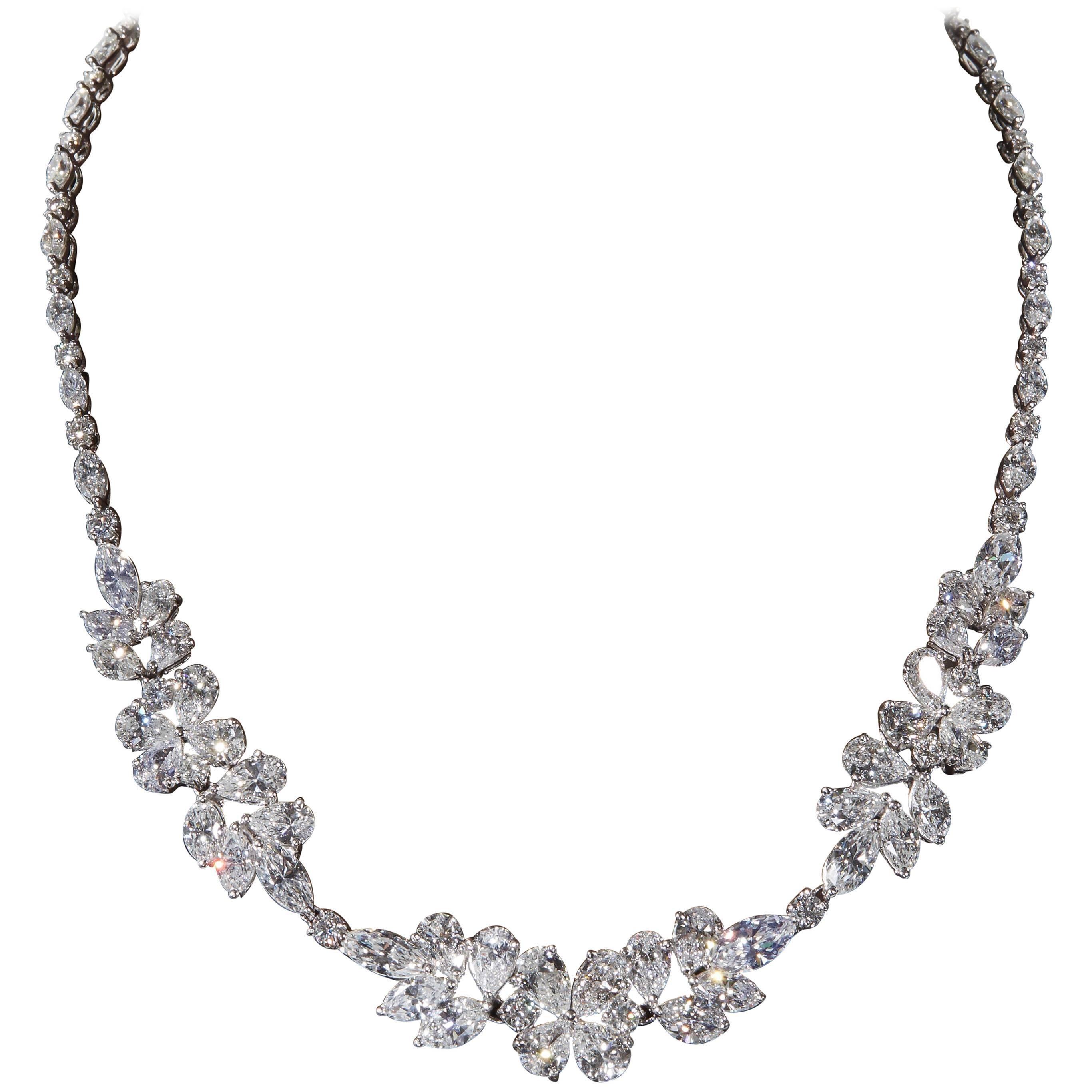 Diamond Cluster Wreath Necklace