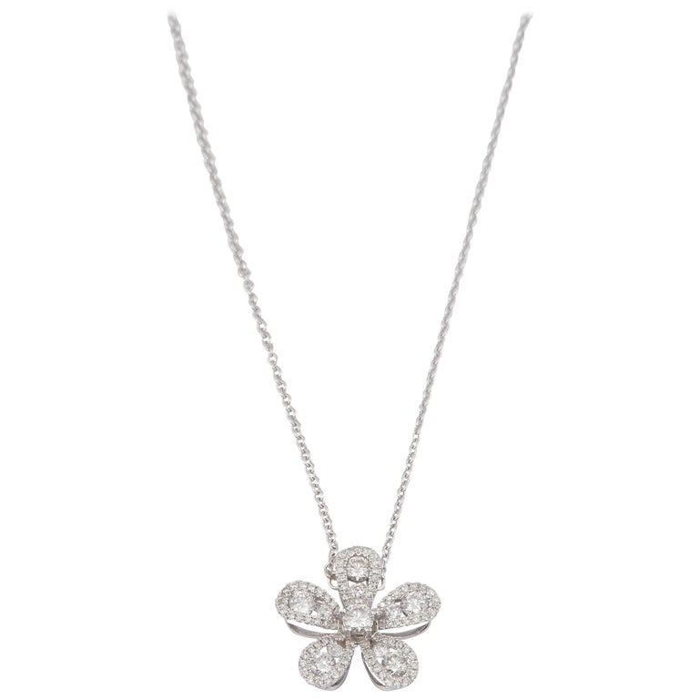 Diamond Flower Pendant 0.52 Carats 18K For Sale