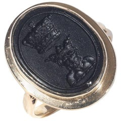 Late Georgian Gold Signet Ring with an Engraved Black Agate Stone