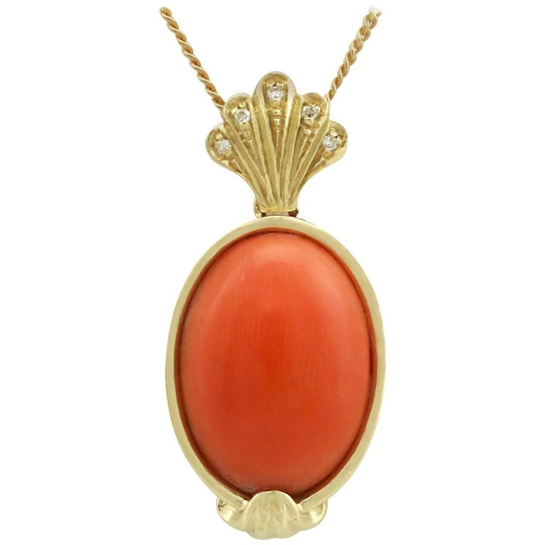 1950s 7.27 Carat Coral and Diamond 18 Karat Yellow Gold Pendant