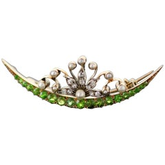 Antique 18 Karat Gold Brooch with Demantoid, Diamond and Seed Pearls