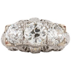 18 Karat Filigree Three-Stone Diamond Ring 'GIA'