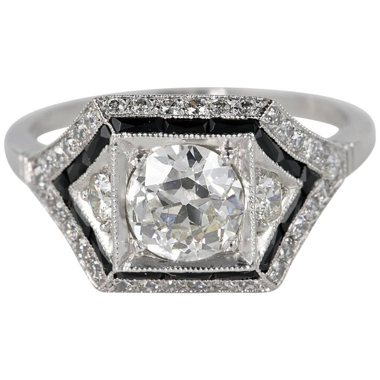 Art Deco 1.60 Carat Diamond Onyx Insert Platinum Solitaire Ring
