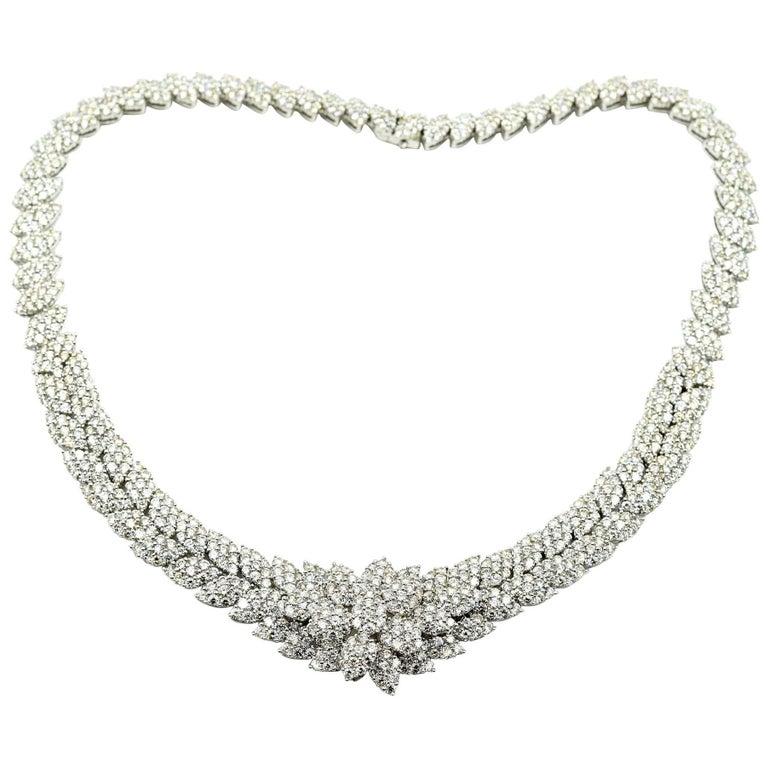 18 Karat White Gold, 34.08 Carat Round Diamond Collar Necklace