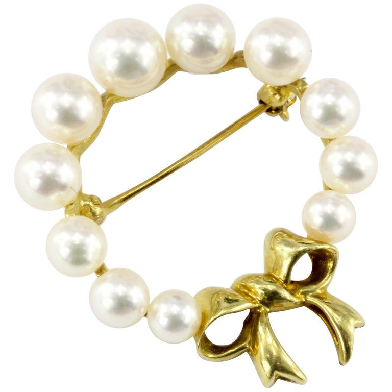 Tiffany & Co. 18 Karat Yellow Gold and Pearl Wreath with Bow Brooch Pin