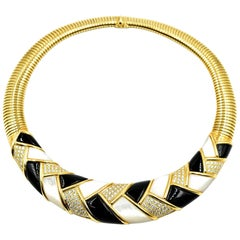 18 Karat Yellow Gold Round Diamond, Black Onyx, Mother of Pearl Collar Necklace