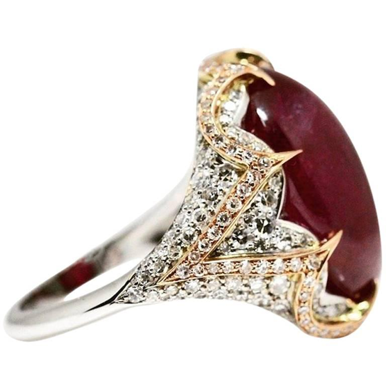 Natural Certified Large Ruby and Diamond Ring in 18 Carat White and Rose  Gold For Sale 15f848e07b4e